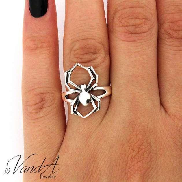 spider ring halloween jewelry