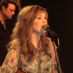 Listen: Alison Krauss and Union Station – Paper Airplane