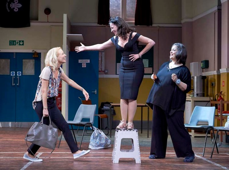 Mary Stockley, Sarah Earnshaw and Ruth Jones in William Gaminara's  The Nightingales  at Cardigg's New Theatre from November 19-24, 2018. All Pictures: Geraint Lewis.