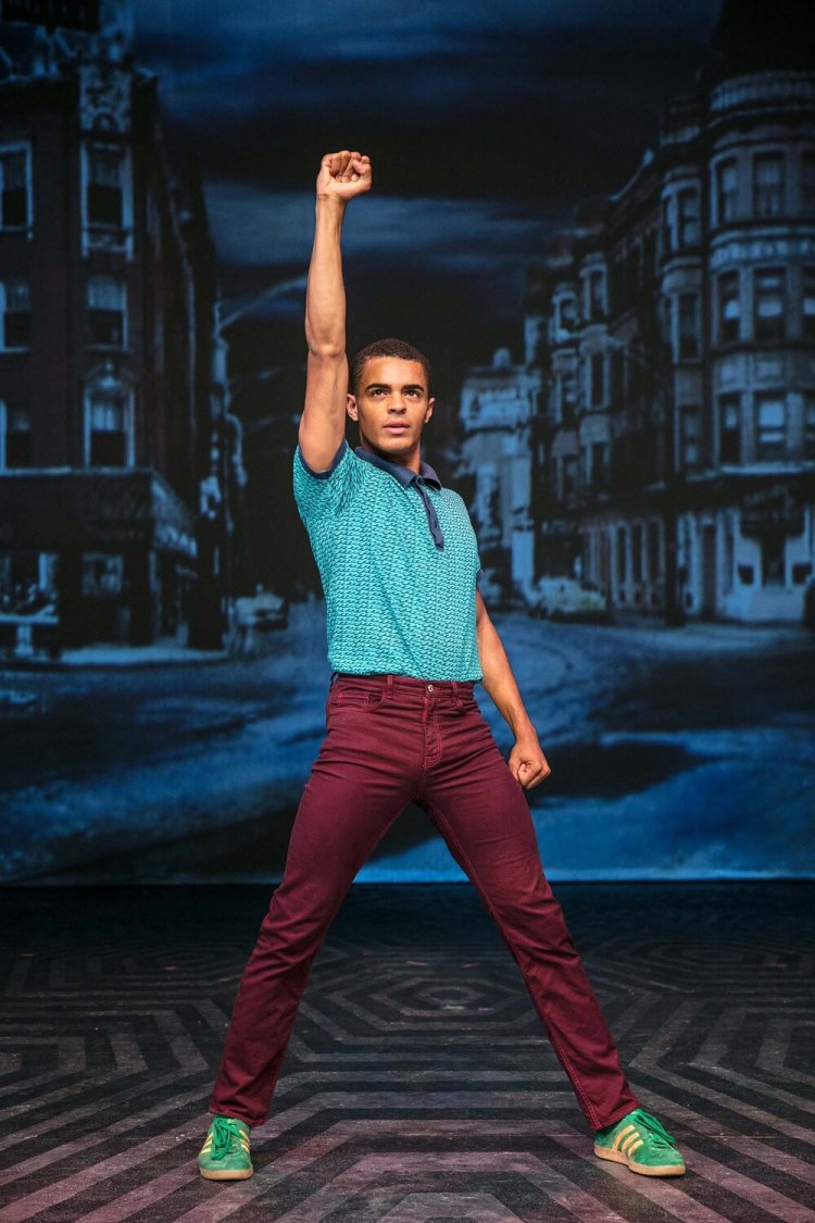 Layton Williams as Seaweed in the UK tour of Hairspray from 2017