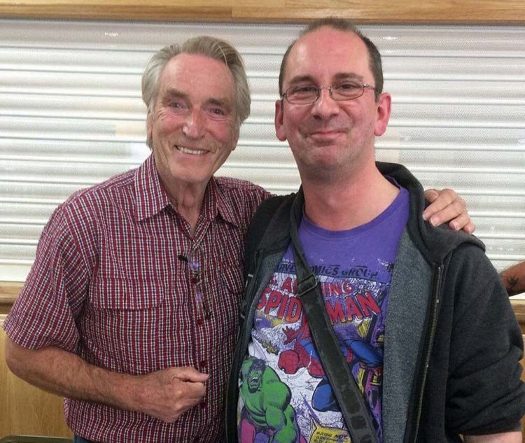 Andy Howells meets Frank Ifield in Cwmbran in May 2019.