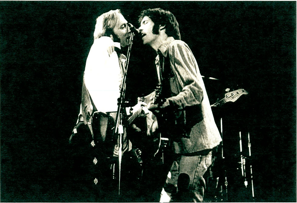 long may you run indeed neil young and stephen stills in 2014 entertainment today. Black Bedroom Furniture Sets. Home Design Ideas