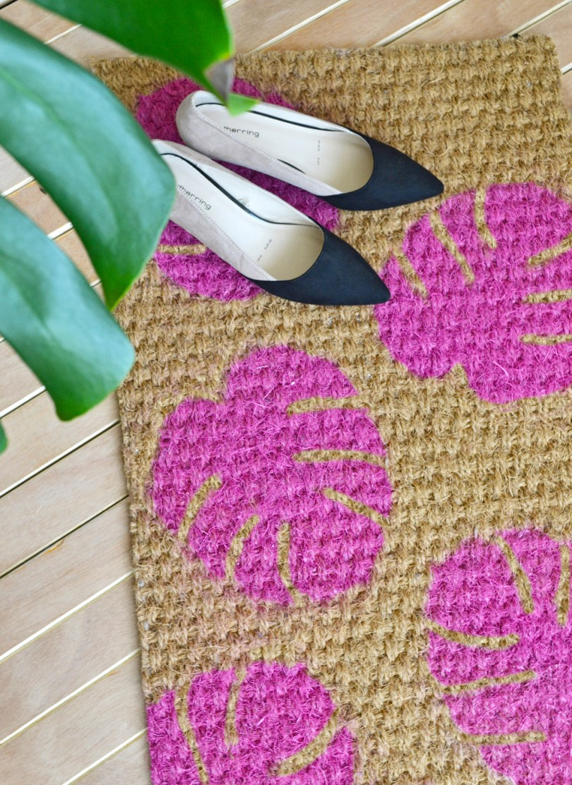 DIY Monstera Leaf Doormat