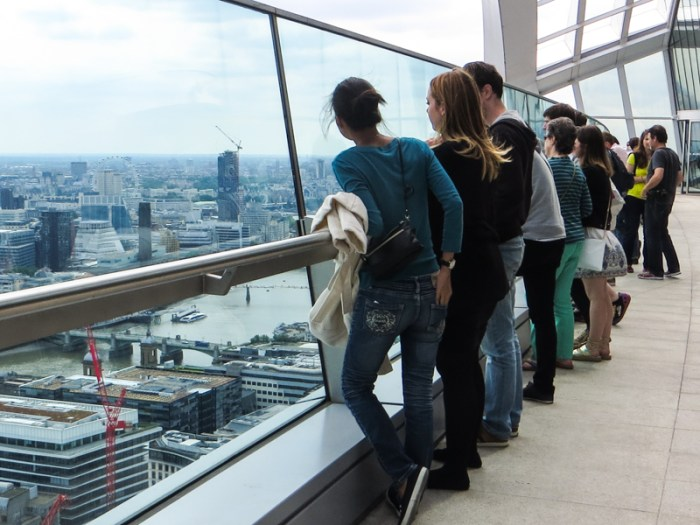 The viewing gallery over the Thames
