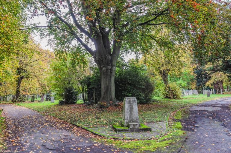 Garden cemetery in SE London