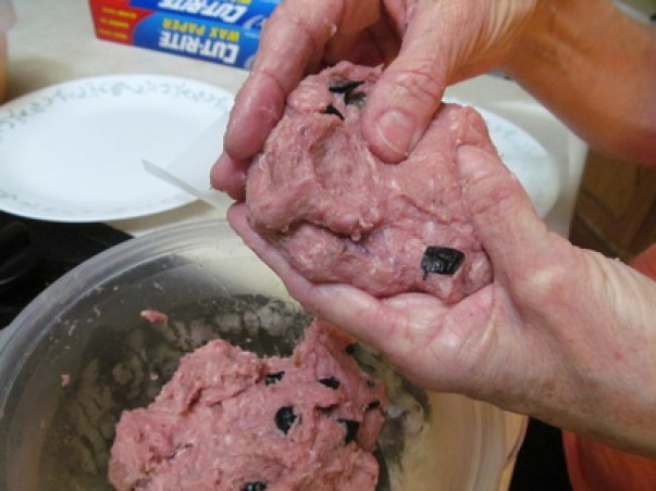 Blueberry Turkey Burgers; Enticing Healthy Eating