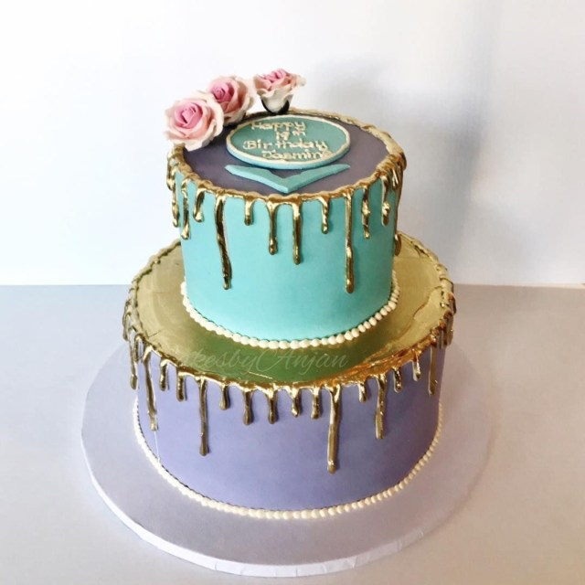 19 Birthday Cake 19th Birthday Cake Gold Drip Cake Anjan Cakesanjan On