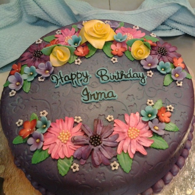 Birthday Flower Cake Happy Birthday Flower Cake Hand Made Flowers With Airbrushed Details