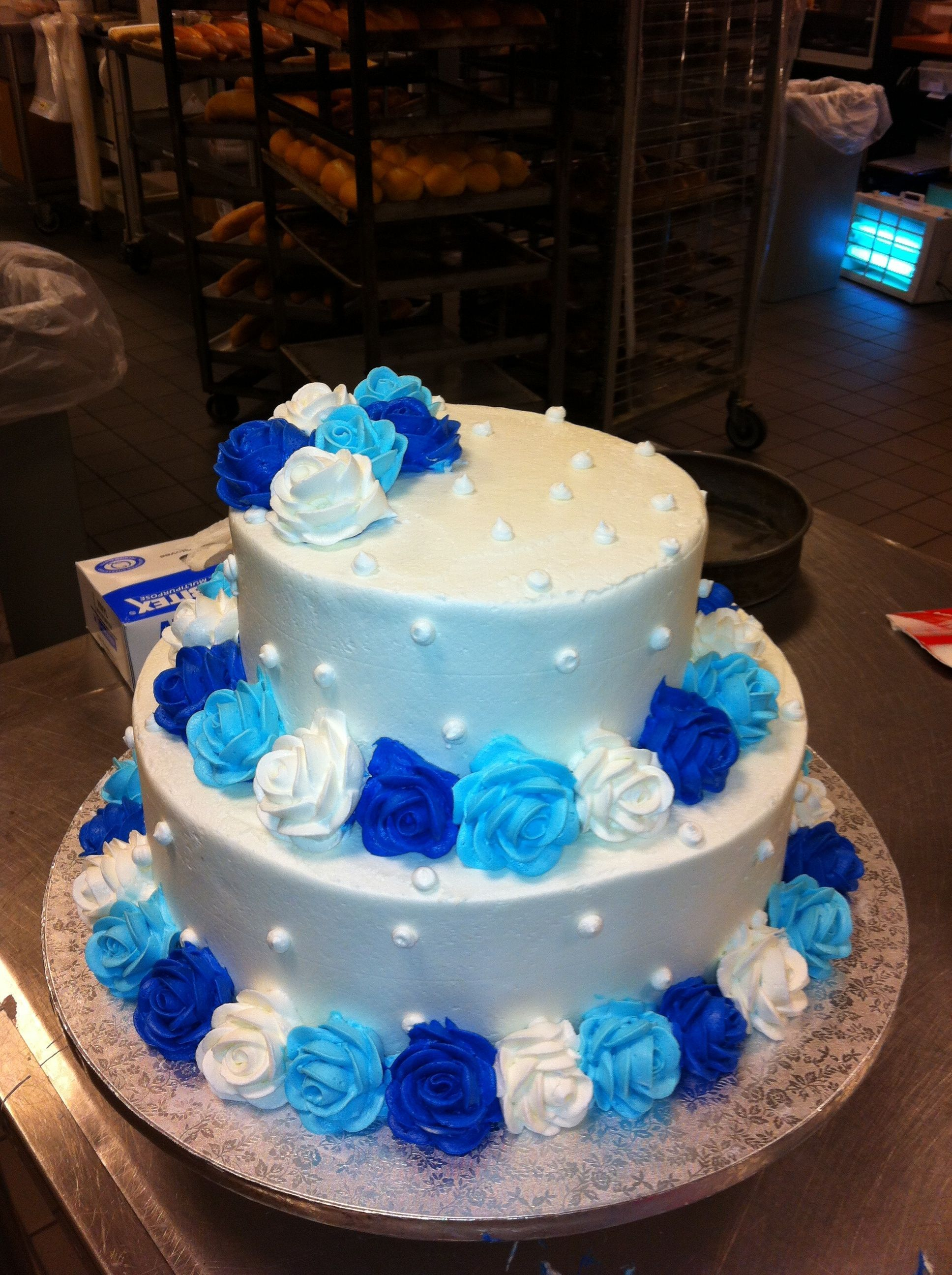 27 Marvelous Picture Of Blue And White Birthday Cake
