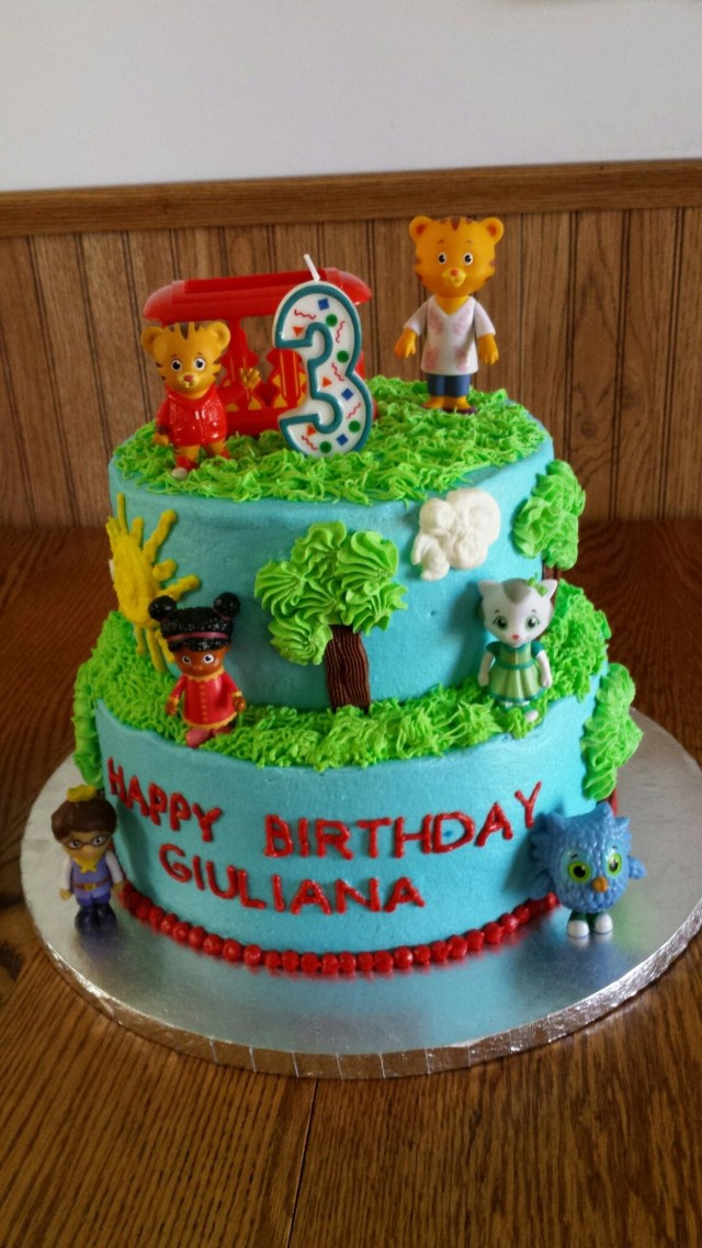 Daniel Tiger Birthday Cake Daniel Tiger Cake For Giulianas 3rd Birthday Richells Homemade