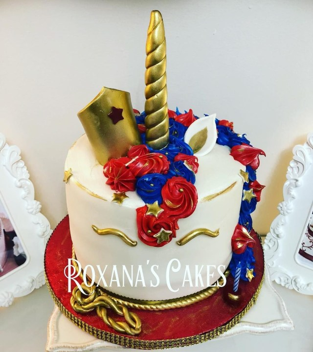 Happy Birthday Gloria Cake Pin Erica On Wonder Woman Pinterest Happy