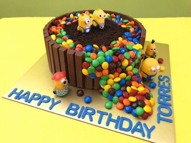 Minion Birthday Cake Minions Cake Singapore All Children Favourite Character