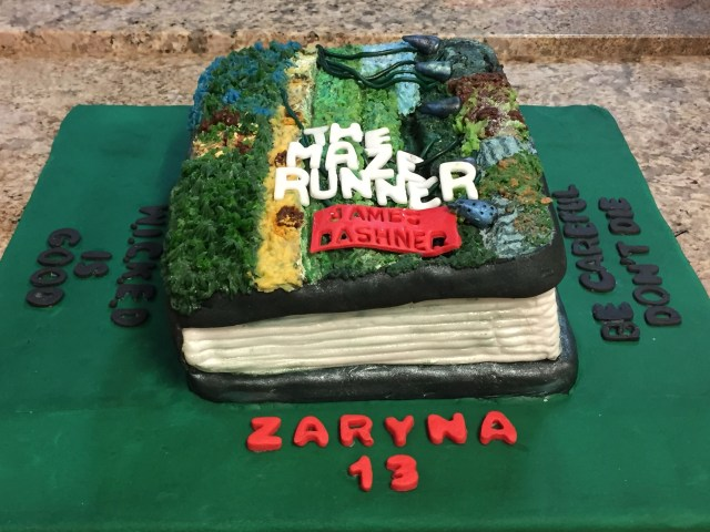 Runner Birthday Cake The Maze Runner Birthday Cake Cakes Pinterest