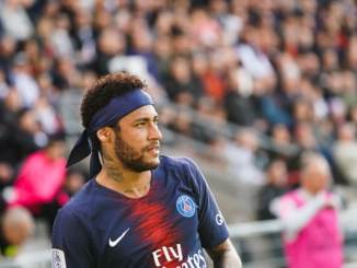 Barcelona offers €40m plus 2 superstars for Neymar this summer