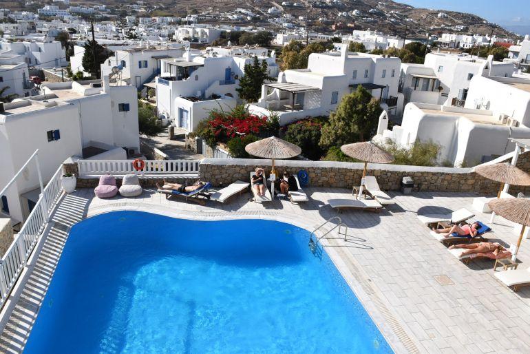 Piscina del Essence Hotel de Mykonos