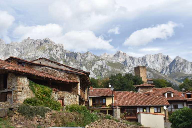 Mogrovejo, un pueblo cerca de Potes