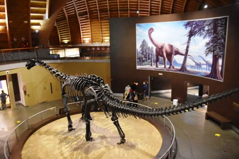 Dinosaurios en Asturias con niños