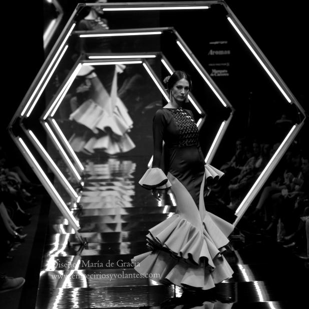 trajes de flamenca simof 2014 entre cirios y volantes (11)