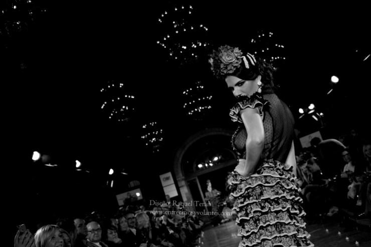 trajes de flamenca we love flamenco 2016 entre cirios y volantes (2)