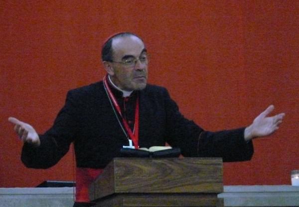 Philippe Barbarin durante una misa en Francia. / G.A