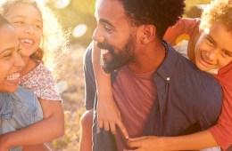Vale a pena ter plano de saúde para família?