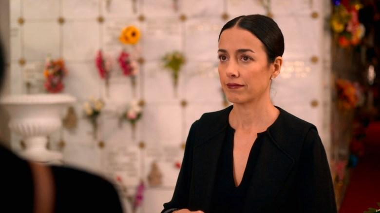 Cecilia-Suarez-La-Casa-De-Las-Flores-3.jpg