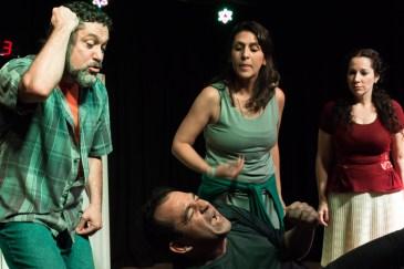 """Teatro D'Aldeia apresenta """"Cicatrizes"""""""