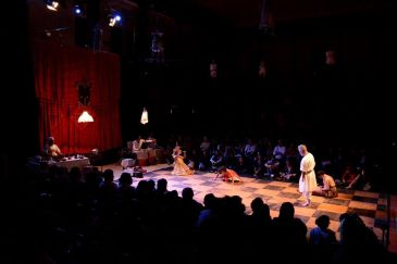Curra – Temperos Sobre Medeia (Grupo Contadores de Mentira)
