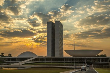 BRASILIA e seus lideres populistas