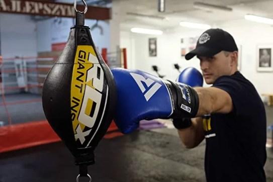 entrenamientos con pera de boxeo, consejos, recomendaciones, entrenar boxeo, sesiones boxeo, aprender a boxear
