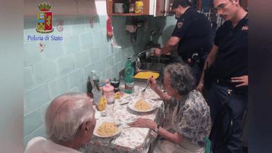 Photo of Gritos levam polícia à casa de dois idosos, que choravam copiosamente de… solidão!