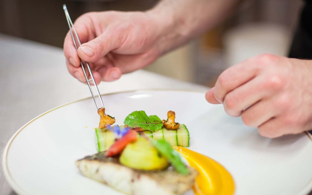 """10 Personal & Private Chefs Sharing """"Must-Have"""" Business Resources"""