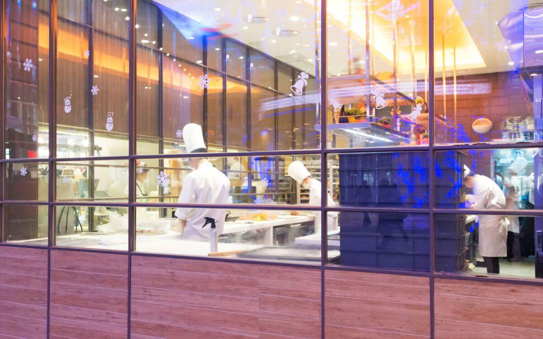 Benefits Of An Open Restaurant Kitchen Design