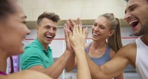 Séance de sport collectif entre collègues