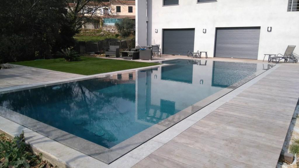 piscine miroir Vallauris