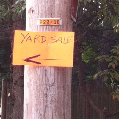 How to Successfully Advertise a Yard Sale