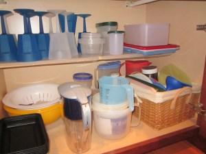 plastic bowl cabinet