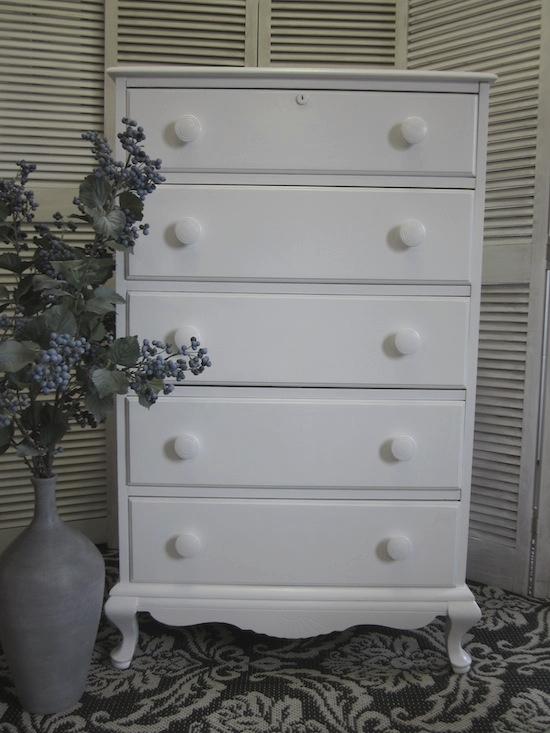 white rock maple dresser