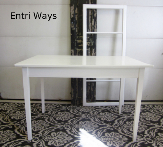 Small white table desk