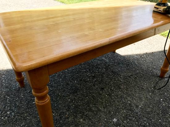 whitewashed maple table