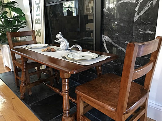 kids stained table  kids stained chairs. Kids  50 Year Old Solid Wood Tables   Entri Ways