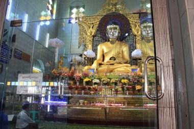 Les Bouddhas illuminés.