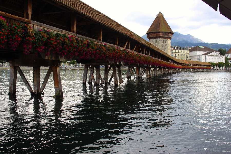 pont-bois-lucerne-zurich