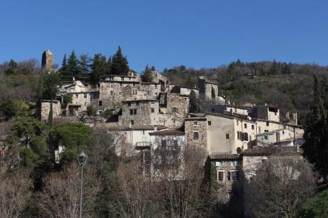 En bonus, une photo du charmant village de Beauchastel!