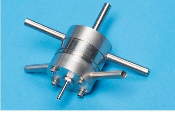 Seitenansicht Brechtel Pumped Counterflow Virtual Impactor (PCVI)