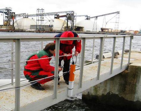 LDI ROW mit Wartungspersonal an einer Raffinerie