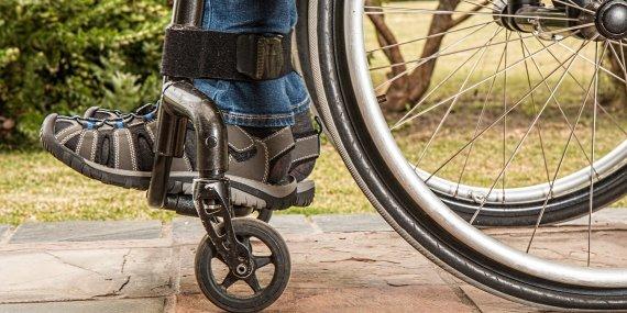 wheelchair and feet