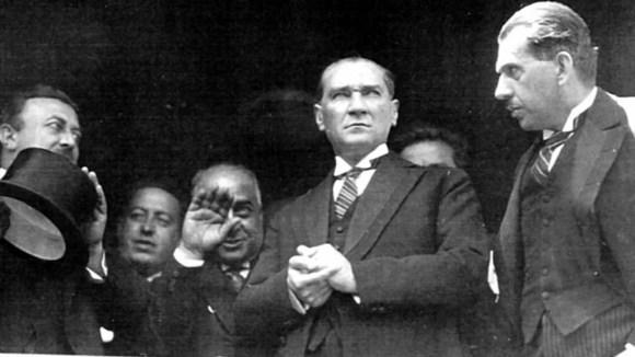 Millî hâkimiyet uğrunda canımı vermek benim için vicdan ve namus borcu olsun. 1024x576 - Mustafa Kemal Atatürk Resimli Sözler - Atatürk Sözleri Ve Fotoğraf Arşivi, unlu-sozleri, guzel-sozler
