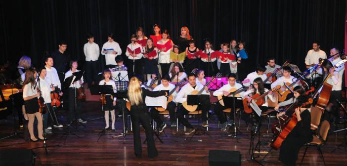 Θερινή συναυλία από τους μικρούς καλλιτέχνες του Δημοτικού Ωδείου Πεύκης