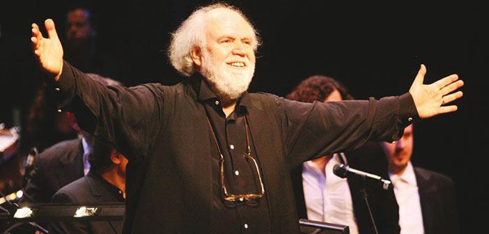 Ο Γιάννης Μαρκόπουλος στο Κηποθέατρο Παπάγου